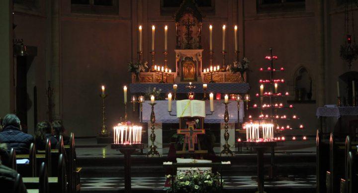 Op vrijdag 22 juni om 19.00 uur is er een Taizé viering in de Walburga-kerk - Maastricht
