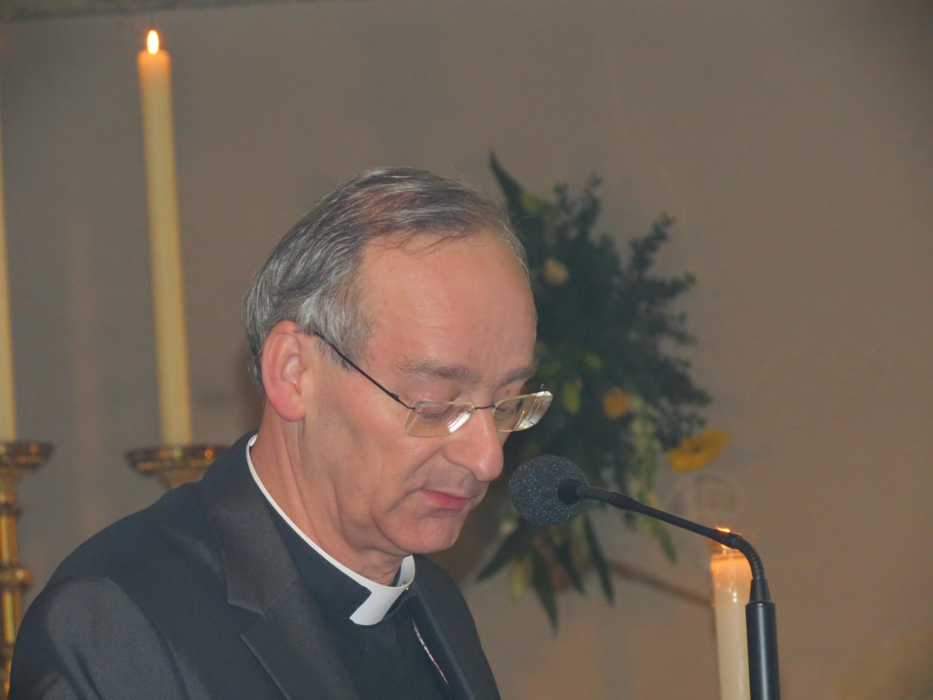Bisschop Harrie Smeets heeft Pastoor Horsch benoemd tot pastoor van de parochiefederatie Borgharen, Itteren,Limmel en parochiefederatie Bunde.